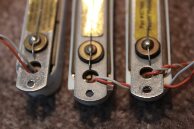 http://xhefriguitars.com/Parts/Plus_Parts_Electronics/ThreeOld%20Laces2.jpg