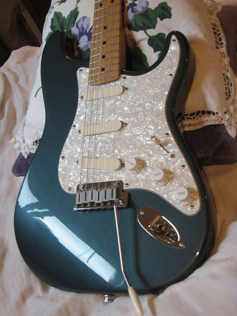 http://xhefriguitars.com/Stuff/Plus%20Colors/GunMetalBlue.jpg