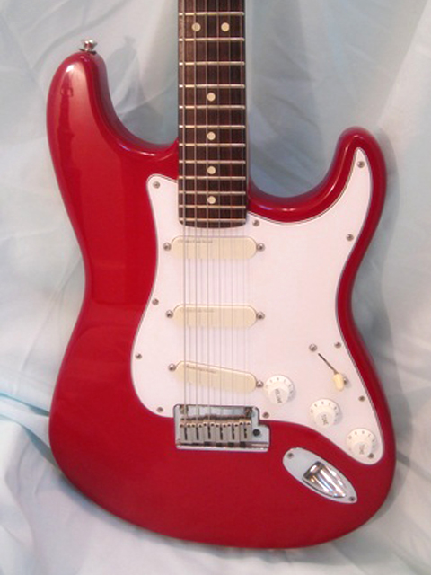http://xhefriguitars.com/Stuff/Plus%20Colors/Lipstick%20Red1.jpg