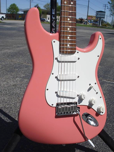 http://xhefriguitars.com/Stuff/Plus%20Colors/Shell%20Pink1.jpg