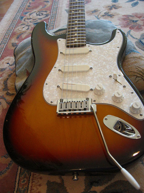 http://xhefriguitars.com/Stuff/Plus%20Colors/Sunburst1.jpg