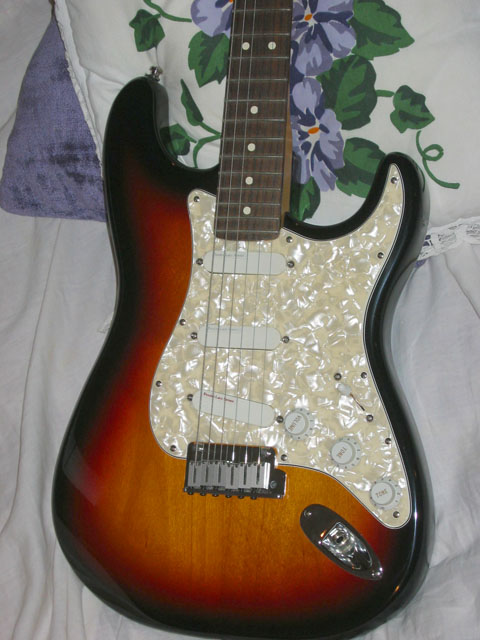http://xhefriguitars.com/Stuff/Plus%20Colors/Sunburst4.jpg