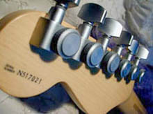 http://xhefriguitars.com/Tuners1.jpg