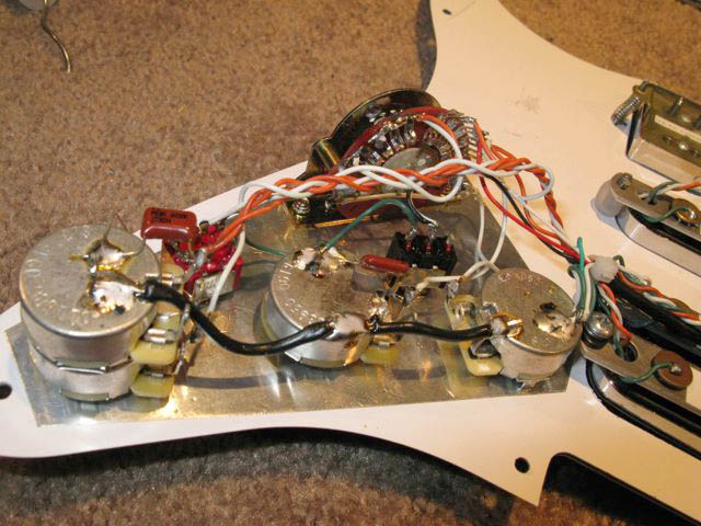 Build51 Wire Diagram Fender Strat Plus on fender pickup wire diagram, fender strat parts diagram, fender strat head, fender strat switch, fender strat white,